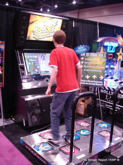 Dasbacon playing DDRX at ASI earlier this year